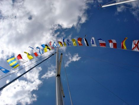 Intern. Flaggensatz mit 36 Flaggen