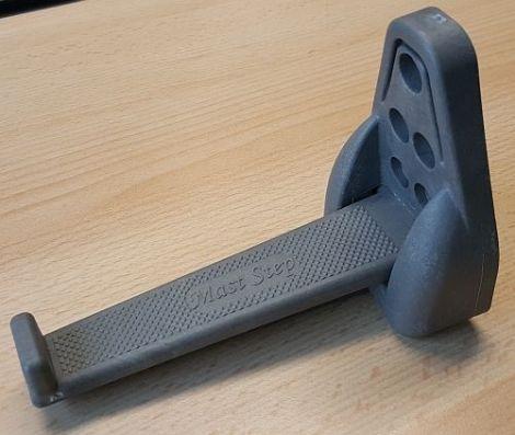 Mast-Step Maststufen aus Kunststoff grau